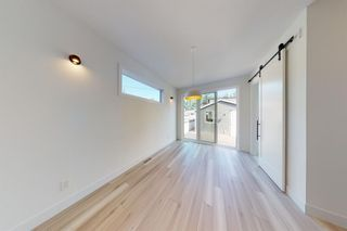 Photo 12: 2422 53 Avenue SW in Calgary: North Glenmore Park Detached for sale : MLS®# A1142924