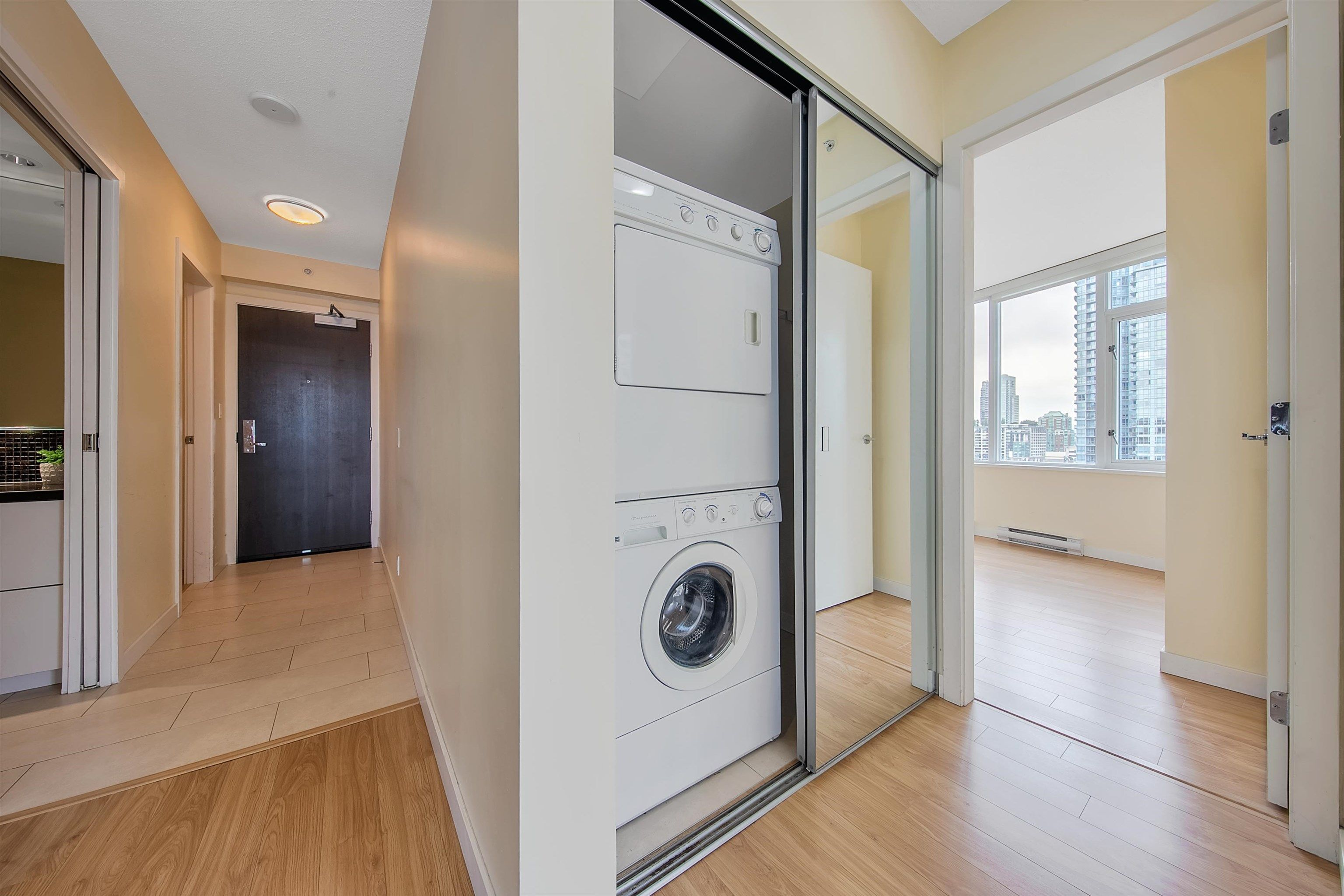 """Photo 20: Photos: 2302 833 HOMER Street in Vancouver: Downtown VW Condo for sale in """"Atelier"""" (Vancouver West)  : MLS®# R2615820"""