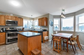 Photo 2: 2605 Seymour Pl in : CR Willow Point House for sale (Campbell River)  : MLS®# 861837
