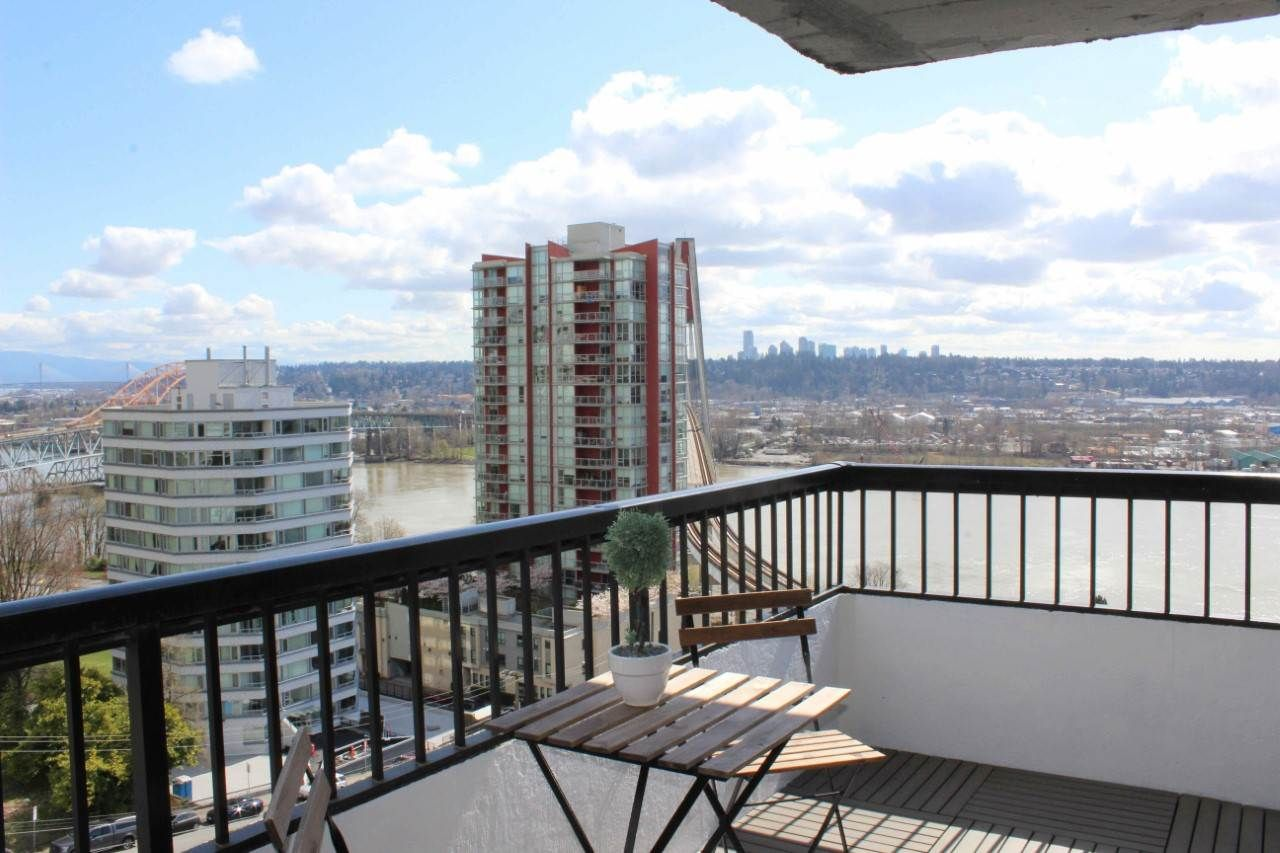 "Main Photo: 1002 209 CARNARVON Street in New Westminster: Downtown NW Condo for sale in ""ARGYLE HOUSE"" : MLS®# R2563685"