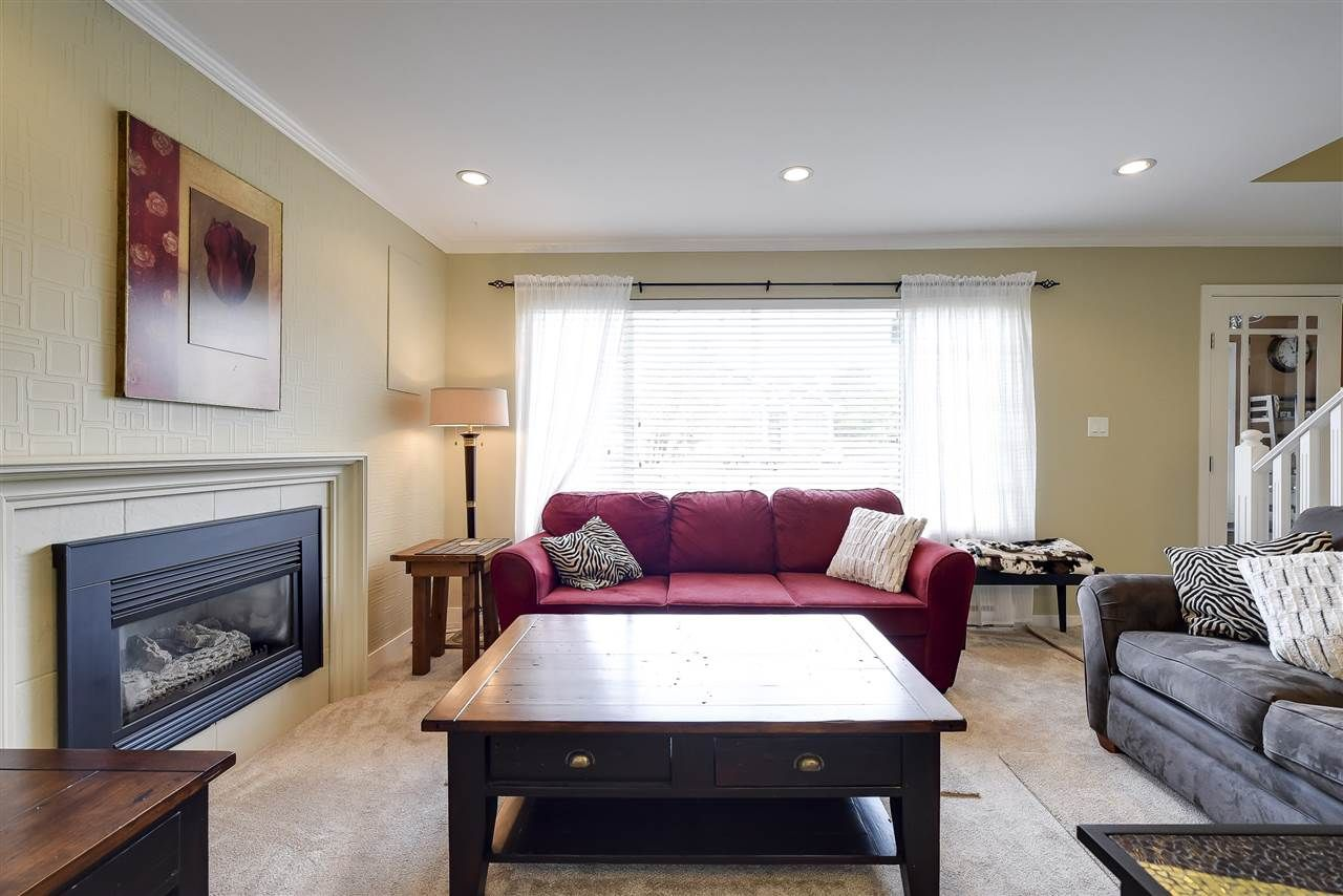Photo 3: Photos: 4633 RILEY PLACE in Delta: Ladner Elementary House for sale (Ladner)  : MLS®# R2254168