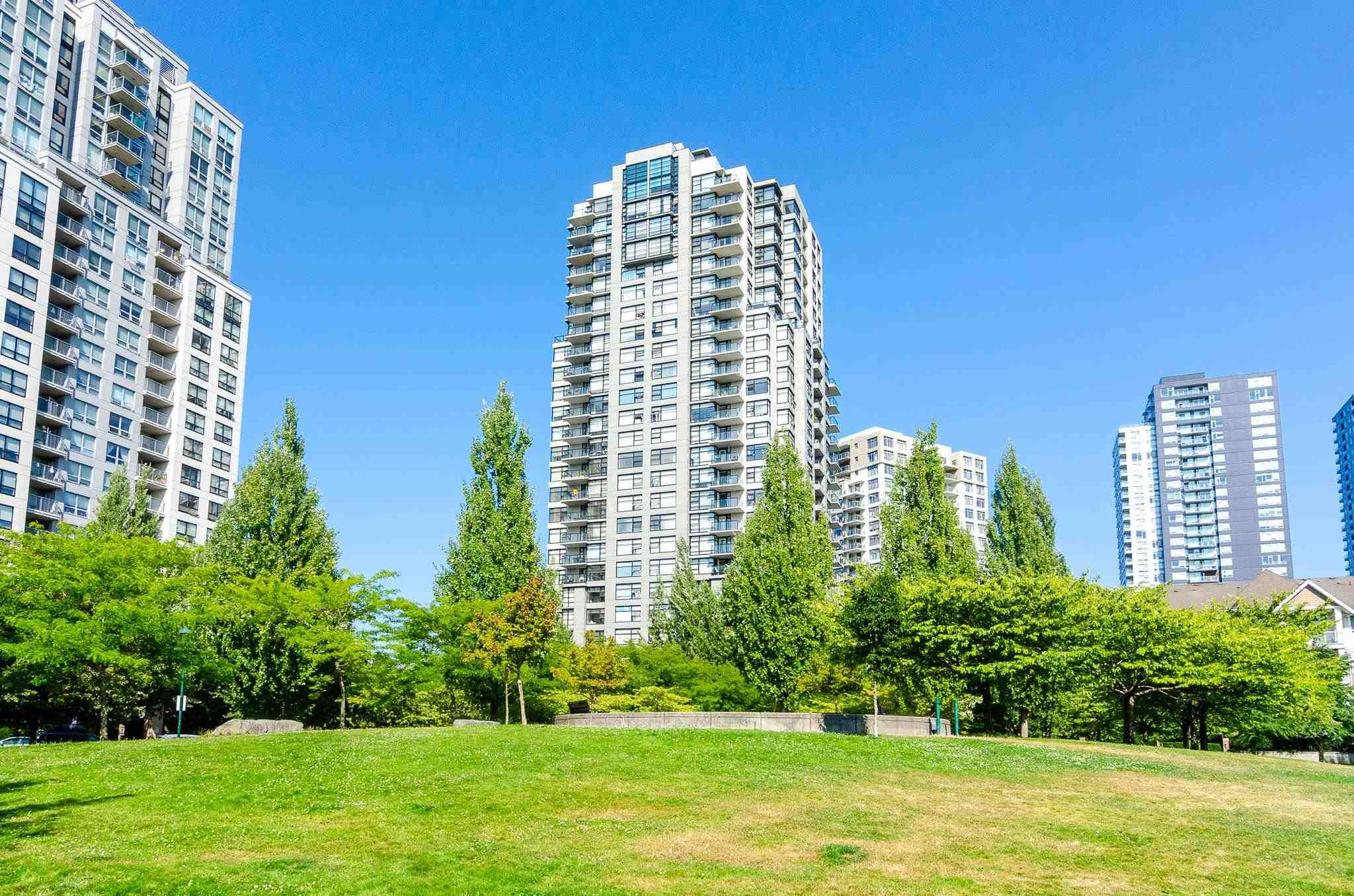 Main Photo: 117 5380 OBEN Street in Vancouver: Collingwood VE Condo for sale (Vancouver East)  : MLS®# R2605564
