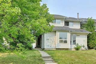 Main Photo: 6658 Temple Drive NE in Calgary: Temple Row/Townhouse for sale : MLS®# A1134645