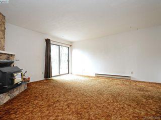 Photo 5: 2973 Almartin Pl in VICTORIA: Co Hatley Park Half Duplex for sale (Colwood)  : MLS®# 769766
