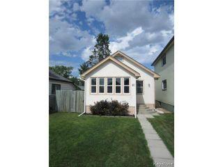 Photo 1: 577 Windsor Avenue in WINNIPEG: East Kildonan Residential for sale (North East Winnipeg)  : MLS®# 1318308