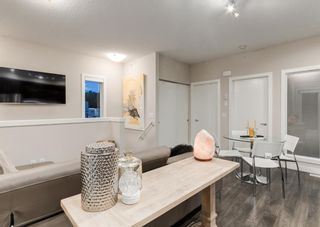Photo 11: 1 71 34 Avenue SW in Calgary: Parkhill Row/Townhouse for sale : MLS®# A1142170