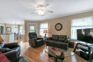 """Photo 7: 15003 SEMIAHMOO Place in Surrey: Sunnyside Park Surrey House for sale in """"SEMIAHMOO WYND"""" (South Surrey White Rock)  : MLS®# R2288151"""