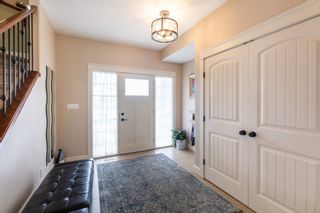 Photo 2: 45 LACOMBE Drive: St. Albert House for sale : MLS®# E4264894