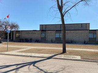 Photo 39: 15 Meadowbrook Road in Winnipeg: Southdale Residential for sale (2H)  : MLS®# 202107336