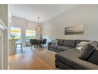 "Photo 5: 4901 47A Avenue in Delta: Ladner Elementary Townhouse for sale in ""VILLAGE WALK"" (Ladner)  : MLS®# R2481522"