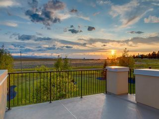 Photo 3: 331 Leighton View in Rural Rocky View County: Rural Rocky View MD Detached for sale : MLS®# A1063745