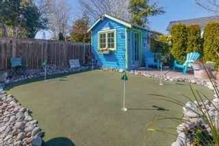 Photo 40: 2060 Townley St in : OB Henderson House for sale (Oak Bay)  : MLS®# 873106