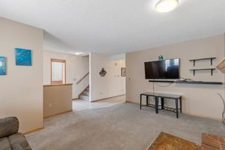 Photo 7: 19 Laguna Circle NE in Calgary: Monterey Park Detached for sale : MLS®# A1051148