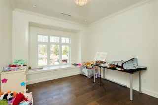 Photo 35: 4340 PINEWOOD Crescent in Burnaby: Garden Village House for sale (Burnaby South)  : MLS®# R2561396