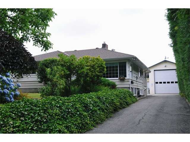 """Main Photo: 12440 224TH Street in Maple Ridge: East Central House for sale in """"CENTRAL MAPLE RIDGE"""" : MLS®# V1076461"""