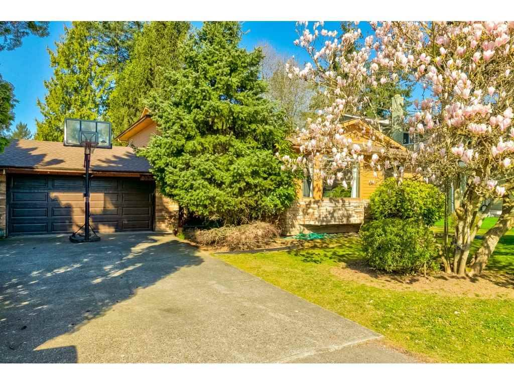 "Main Photo: 8693 154B Street in Surrey: Fleetwood Tynehead House for sale in ""Fleetwood"" : MLS®# R2566906"
