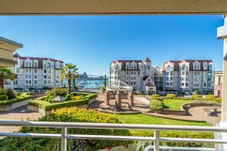 Photo 2: 210 165 Kimta Rd in : VW Songhees Condo for sale (Victoria West)  : MLS®# 857190