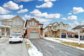 Photo 2: 105 Westover Drive in Clarington: Bowmanville House (2-Storey) for sale : MLS®# E5083148
