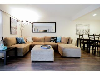 Photo 4: 22737 GILLEY AV in Maple Ridge: East Central Condo for sale : MLS®# V1108009