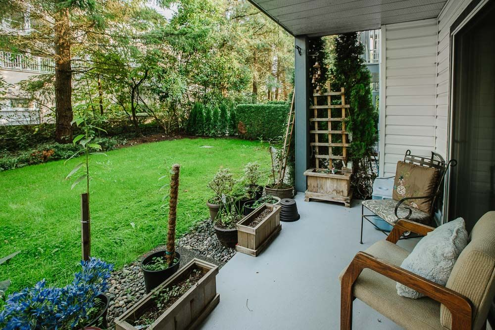 Photo 12: Photos: 110 11601 227 Street in Maple Ridge: East Central Condo for sale : MLS®# R2504284