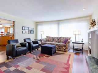 Photo 4: 325 MOUNT ROYAL DRIVE in Port Moody: College Park PM House for sale : MLS®# R2150829