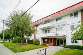"""Photo 4: 311 12096 222 Street in Maple Ridge: West Central Condo for sale in """"Canuck Plaza"""" : MLS®# R2528017"""