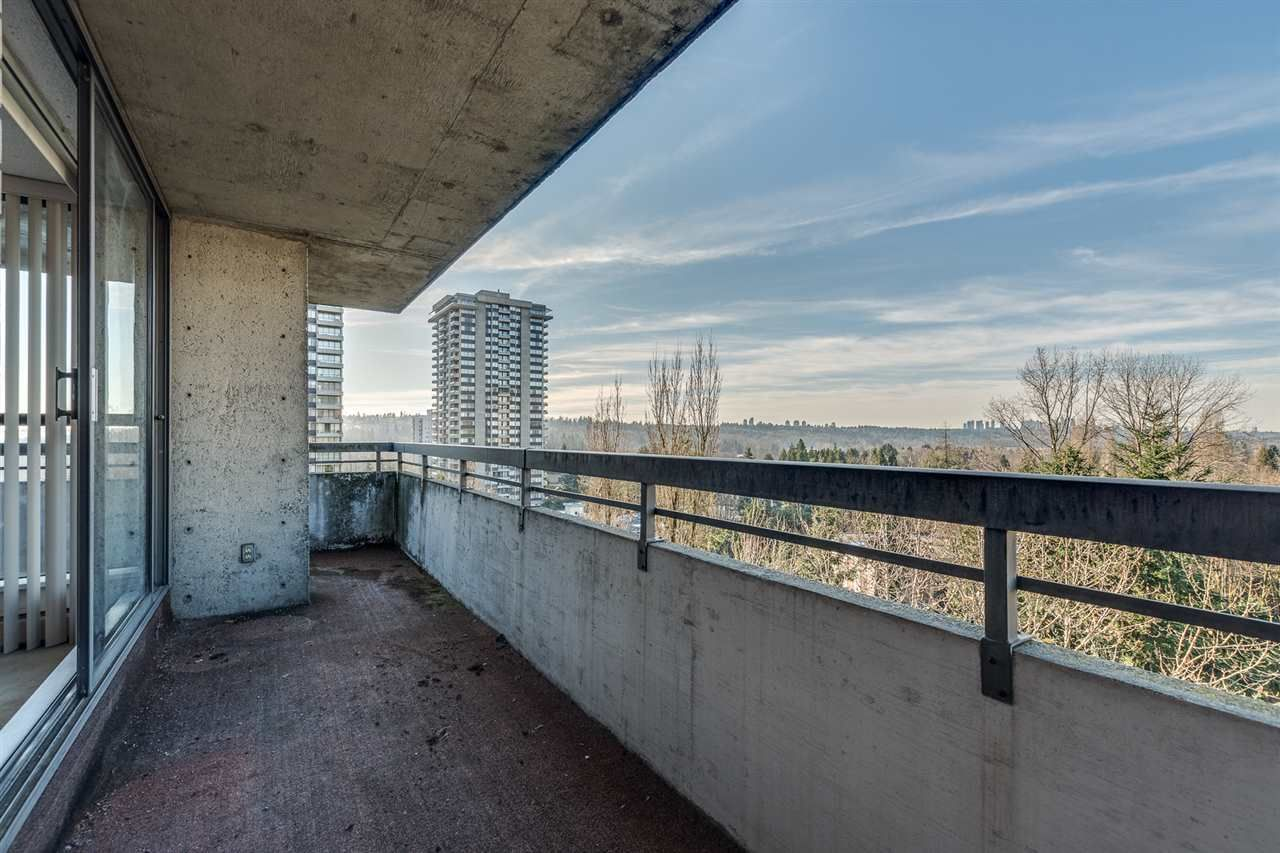 """Photo 23: Photos: 1004 3737 BARTLETT Court in Burnaby: Sullivan Heights Condo for sale in """"MAPLES AT TIMBERLEA"""" (Burnaby North)  : MLS®# R2522473"""