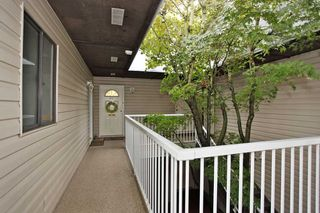 "Photo 2: 211 5191 203 Street in Langley: Langley City Condo for sale in ""LONGLEA ESTATE"" : MLS®# R2102105"
