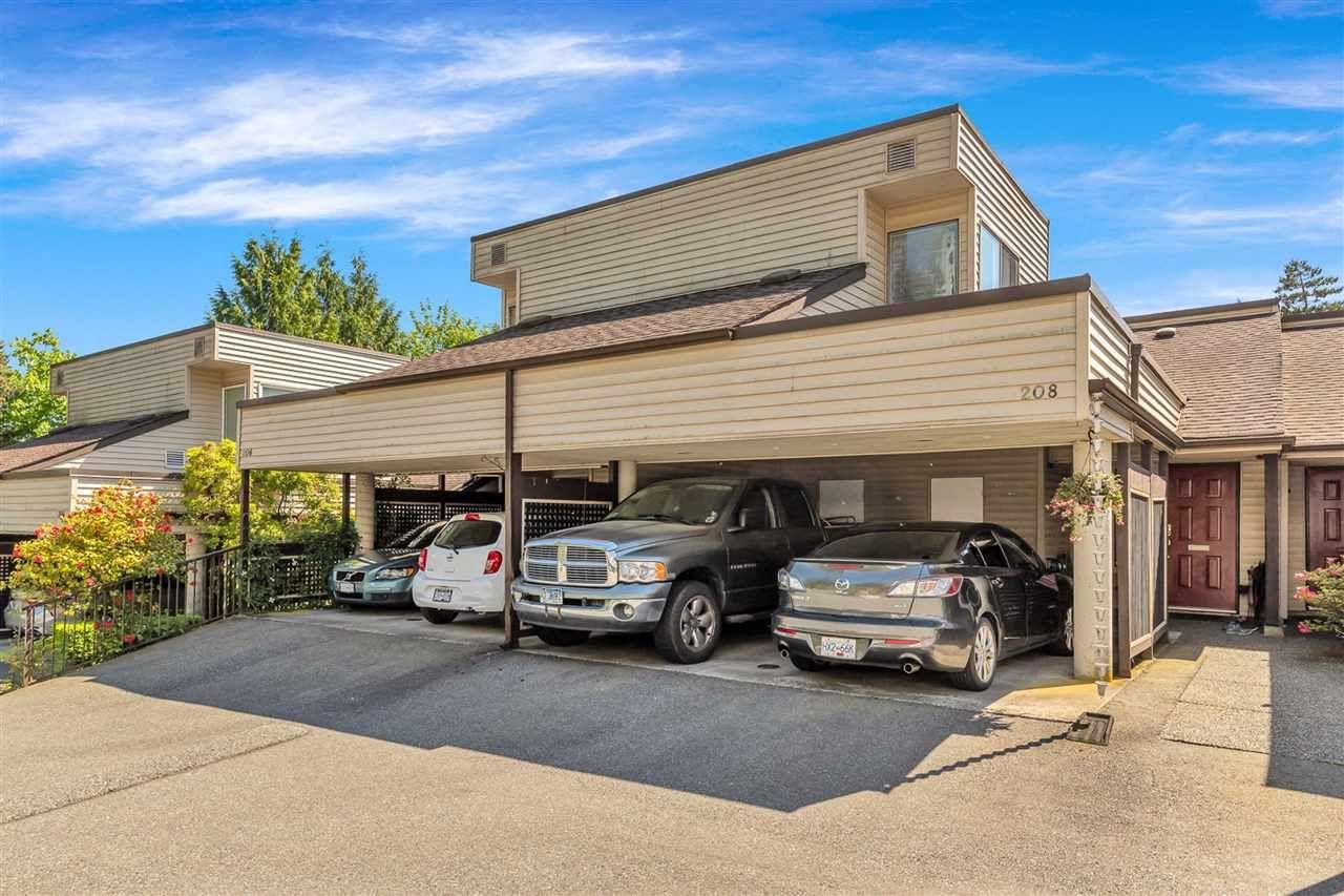 "Main Photo: 208 1220 FALCON Drive in Coquitlam: Upper Eagle Ridge Townhouse for sale in ""EAGLE RIDGE TERRACE"" : MLS®# R2586433"