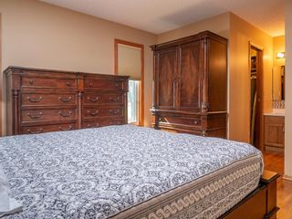 Photo 16: 90 Healy Crescent in Winnipeg: River Park South Residential for sale (2F)  : MLS®# 202122238