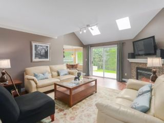 Photo 10: 20347 91B Avenue in Langley: Walnut Grove House for sale : MLS®# R2469967