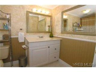 Photo 7:  in VICTORIA: Es Kinsmen Park Row/Townhouse for sale (Esquimalt)  : MLS®# 392206