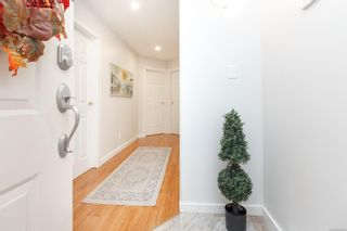 Photo 2: 3 4120 Interurban Rd in : SW Strawberry Vale Row/Townhouse for sale (Saanich West)  : MLS®# 856425
