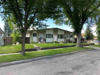 Photo 1: 54 GROSVENOR Boulevard: St. Albert House Half Duplex for sale : MLS®# E4236391