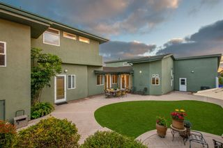 Photo 9: CLAIREMONT House for sale : 4 bedrooms : 2605 Fairfield St in San Diego