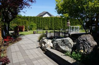"""Photo 17: 18039 68TH Avenue in Surrey: Cloverdale BC House for sale in """"NORTH CLOVERDALE WEST"""" (Cloverdale)  : MLS®# F1412711"""