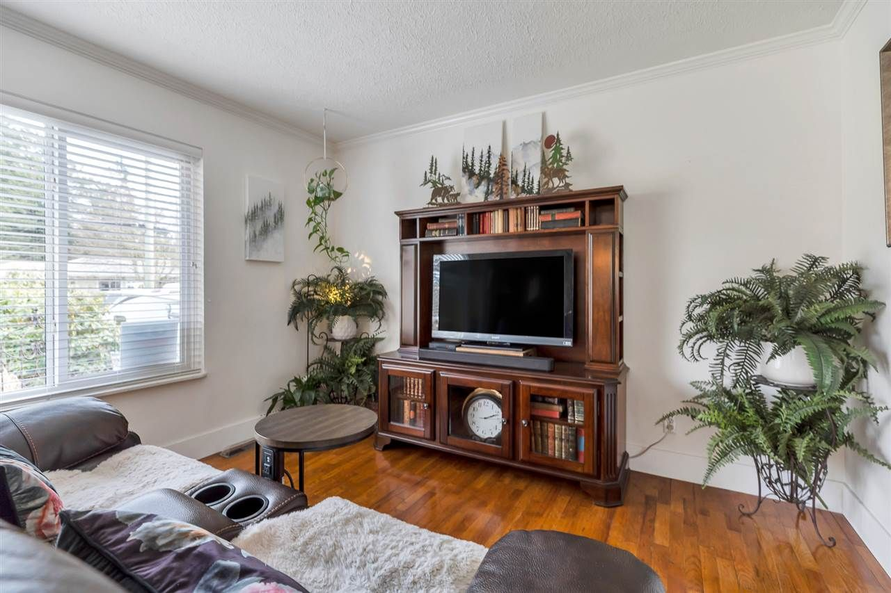Photo 12: Photos: 2551 PARK Drive in Abbotsford: Central Abbotsford House for sale : MLS®# R2533422