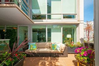 """Photo 3: 901 565 SMITHE Street in Vancouver: Downtown VW Condo for sale in """"VITA"""" (Vancouver West)  : MLS®# R2389668"""