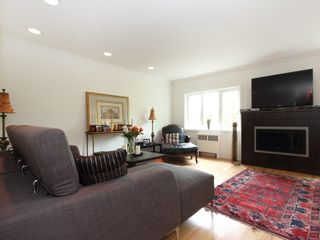 """Photo 6: 201 1972 ROBSON Street in Vancouver: West End VW Condo for sale in """"1972 ROBSON LTD"""" (Vancouver West)  : MLS®# V1061080"""