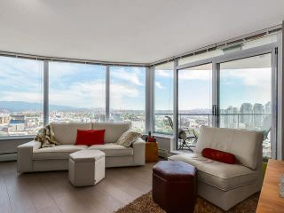 """Photo 4: 2308 58 KEEFER Place in Vancouver: Downtown VW Condo for sale in """"Firenze 1"""" (Vancouver West)  : MLS®# V1140946"""