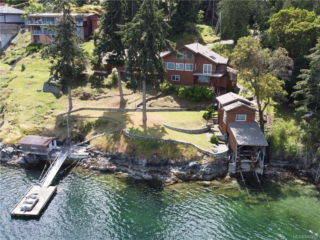 Main Photo: 7290 Mark Lane in Central Saanich: CS Willis Point House for sale : MLS®# 842269