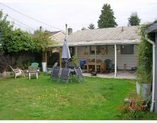 """Photo 2: 1381 WHITEWOOD Place in North_Vancouver: Norgate House for sale in """"NORGATE"""" (North Vancouver)  : MLS®# V666523"""