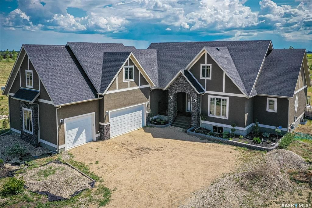 Main Photo: 4 Pheasant Meadows Crescent in Dundurn: Residential for sale (Dundurn Rm No. 314)  : MLS®# SK863297