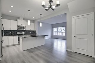 Photo 11: 39 Legacy Close SE in Calgary: Legacy Detached for sale : MLS®# A1127580