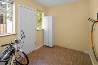 Photo 16: 1364 Merritt St in : Vi Mayfair House for sale (Victoria)  : MLS®# 882972