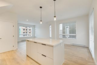 """Photo 5: 104 3021 ST GEORGE Street in Port Moody: Port Moody Centre Townhouse for sale in """"GEORGE"""" : MLS®# R2474134"""