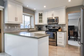 """Photo 6: 6566 179 Street in Surrey: Cloverdale BC House for sale in """"CLOVERDALE"""" (Cloverdale)  : MLS®# R2153339"""