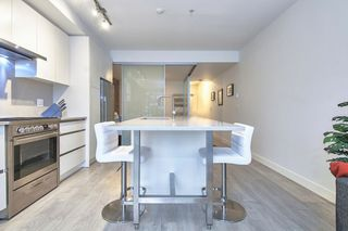 "Photo 14: 303 2141 E HASTINGS Street in Vancouver: Hastings Sunrise Condo for sale in ""The Oxford"" (Vancouver East)  : MLS®# R2431561"