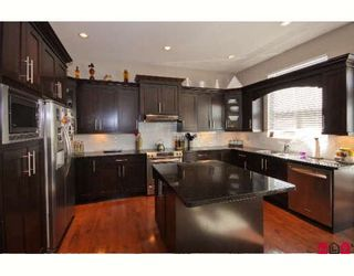 """Photo 3: 14518 59A Avenue in Surrey: Sullivan Station House for sale in """"SULLIVAN HEIGHTS II"""" : MLS®# F2907157"""