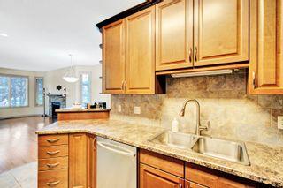 Photo 6: 3 10640 81 Avenue in Edmonton: Zone 15 House Half Duplex for sale : MLS®# E4261792